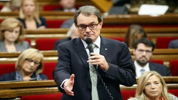 رئيس حكومة كاتالونيا: الاستطلاع حول الاستقلال سيجري ولكن بشكل آخر