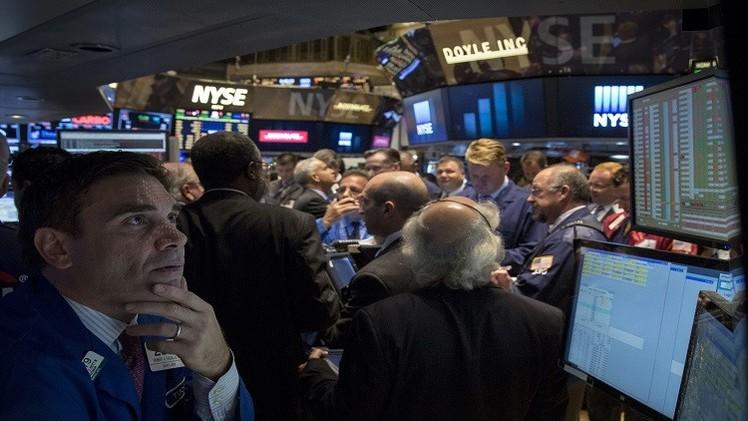تراجع أسهم أمريكا مع تزايد ضغوطات البيع