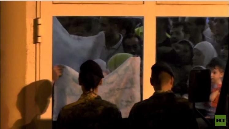 بالفيديو من ايطاليا.. مهاجرون يضربون عن الطعام لرفضهم التسجيل الإجباري