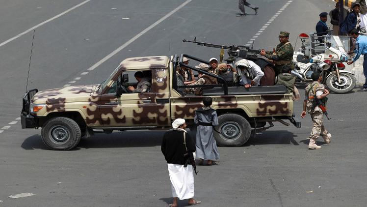 مدير شرطة تعز ينفي سيطرة الحوثيين على المدينة