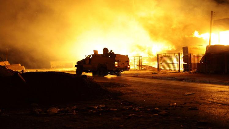 واشنطن وأربع دول أوروبية تطالب بوقف القتال في ليبيا