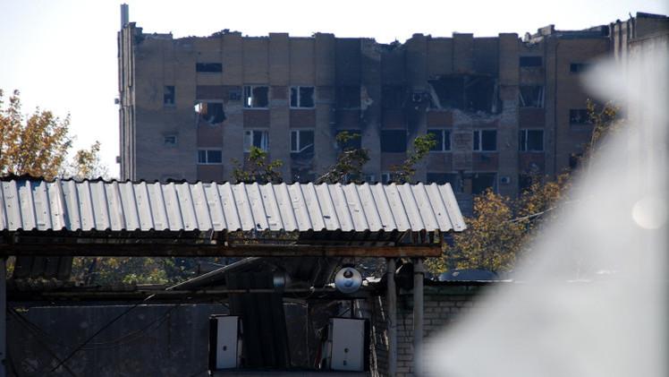 مقتل مدني وإصابة أربعة في قصف القوات الأوكرانية لمدينة دونيتسك