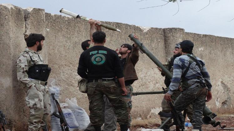 شرطة طاجيكستان تعتقل 15 شخصا عادوا من القتال في سوريا