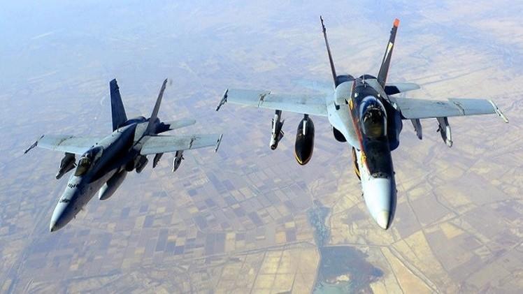 الطيران الأمريكي يرمي مساعدات عسكرية وطبية للمقاتلين الأكراد في عين العرب