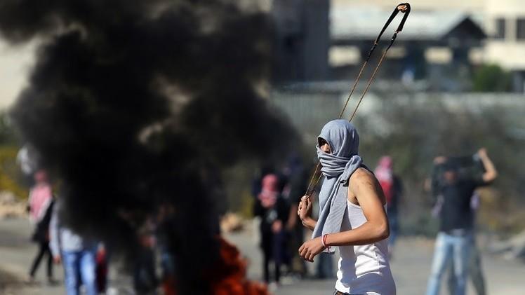 اشتباكات عنيفة بين القوات الإسرائيلية وفلسطينيين في القدس