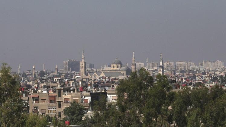 صحيفة: دمشق تعوّل على قرض روسي بقيمة مليار دولار لدعم الليرة