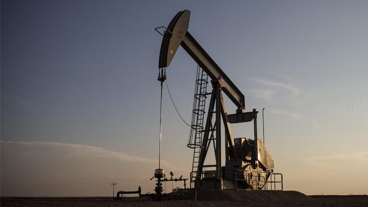 النفط يرتفع بعد تراجع توريدات السعودية إلى الأسواق