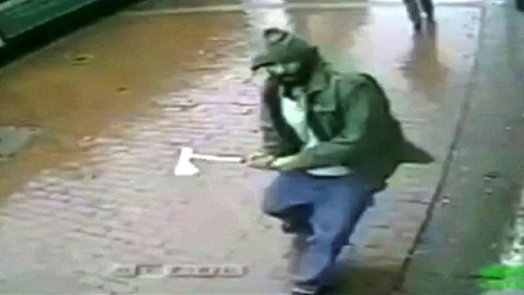 شرطة نيويورك تقتل متطرفا دينيا هاجم عناصر أمنية (فيديو)