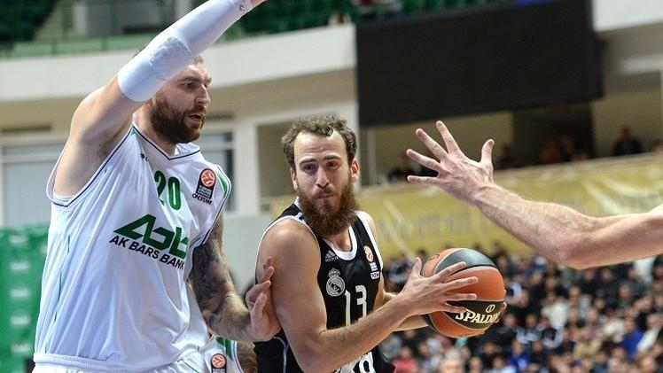 ريال مدريد يفوز على أونيكس الروسي بكرة السلة