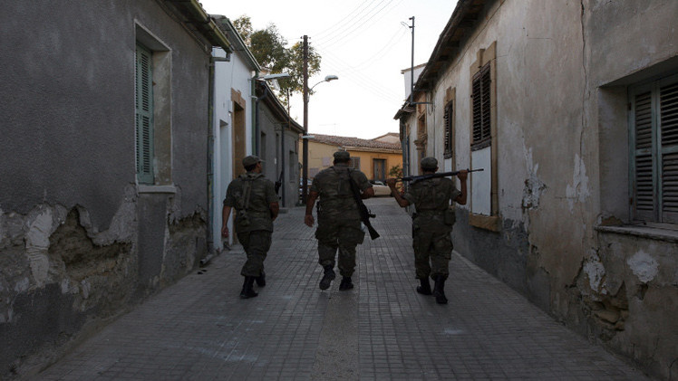 مقتل 3 جنود أتراك برصاص مجهولين جنوب شرقي البلاد