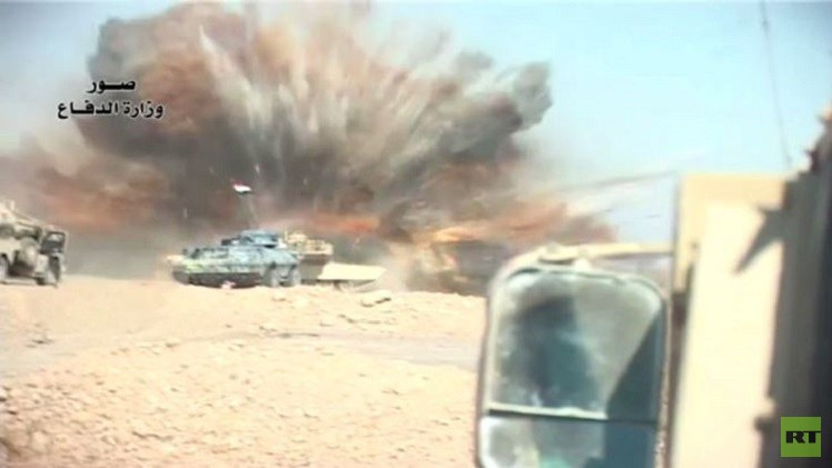 القوات العراقية تقصف مواقع مسلحي