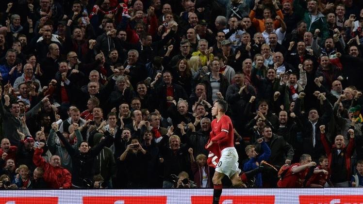 فان بيرسي ينقذ مانشستر يونايتد من فكي تشيلسي في الدقيقة الأخيرة