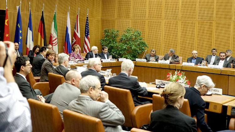 مصدر: جولة جديدة من مفاوضات إيران والسداسية في 18 نوفمبر المقبل