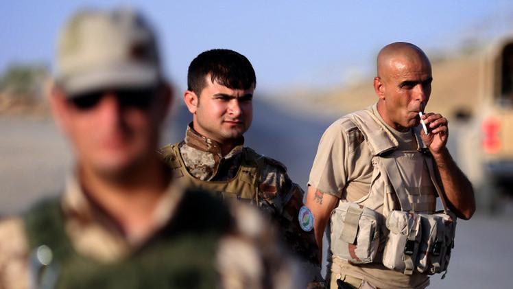 مجموعة من البيشمركة تغادر قاعدتها في العراق متوجهة إلى عين العرب