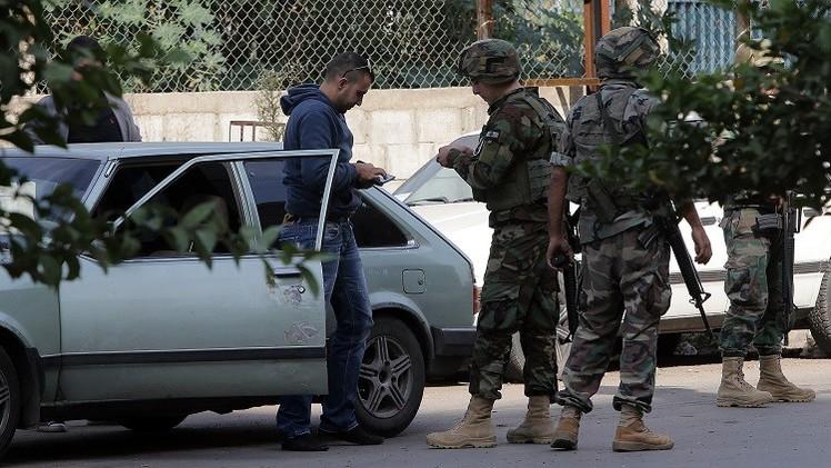 لبنان يتفاوض لوقف إعدام جنديين هدد متشددون بقتلهما