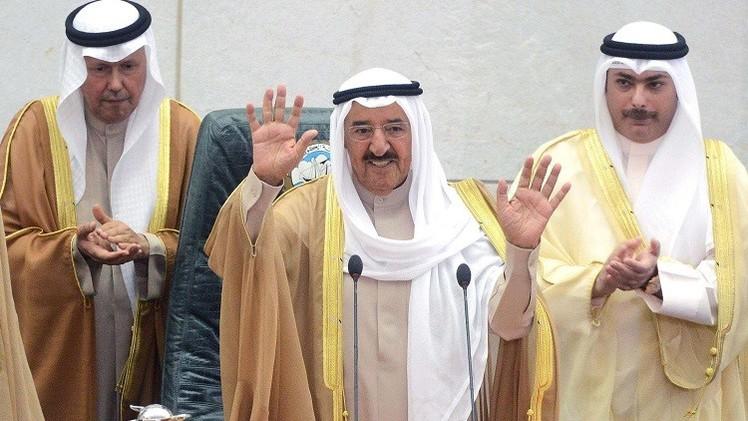أمير الكويت في السعودية لتنقية الأجواء الخليجية