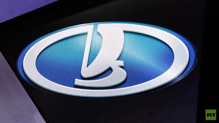 عملاق صناعة السيارات الروسية يخطط لزيادة إنتاجه 29%