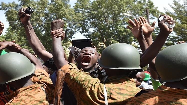 المعارضة تهدد بالمظاهرات ضد الجيش في بوركينا فاسو
