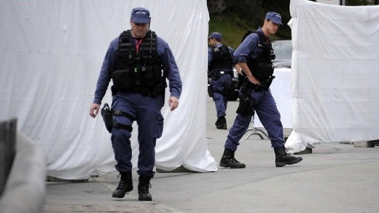 مقتل 3 أشخاص في تبادل لإطلاق النار قرب محطة للقطارات في سويسرا