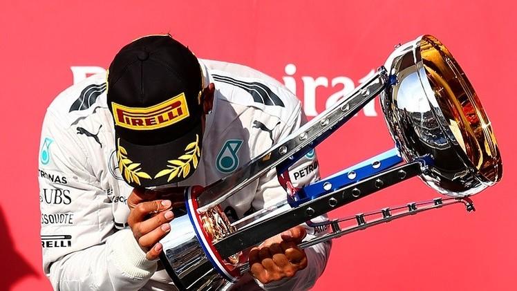 جائزة أبوظبي للفورمولا-1.. كابوس يلقي بظلاله على البريطاني هاميلتون