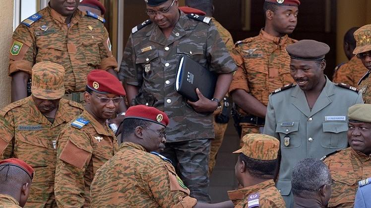 بوركينا فاسو: الاتحاد الافريقي يمهل الجيش أسبوعين لتسليم السلطة لمدنيين
