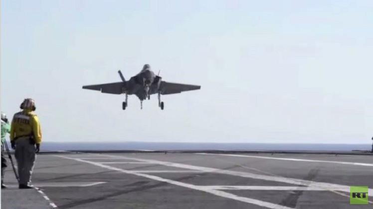 واشنطن تنهي تجارب لمقاتلة من طراز إف -35 بكلفة تريليون دولار(فيديو)