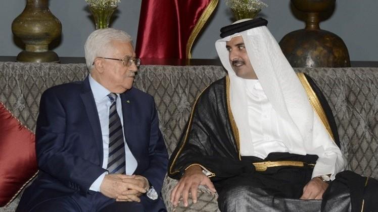 الرئيس الفلسطيني وأمير قطر يناقشان تسريع إعادة إعمار غزة