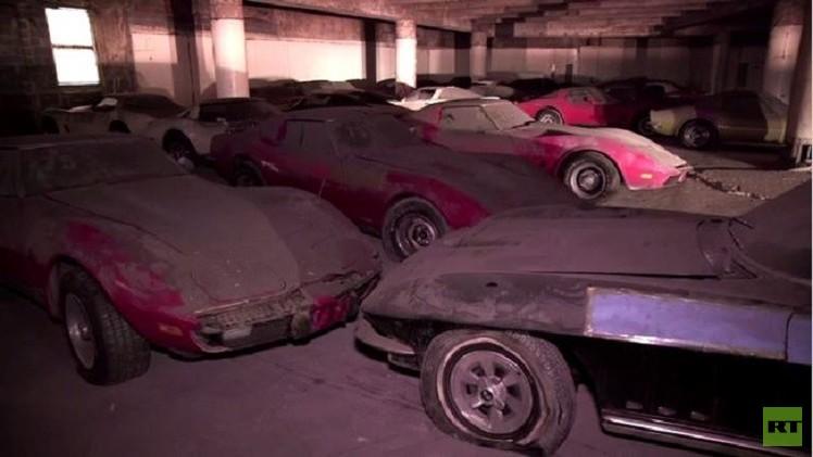 بالفيديو.. 36 سيارة قديمة من نوع كورفيت تخضع للترميم