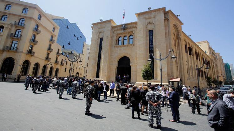 مجلس النواب اللبناني يمدد ولايته حتى منتصف 2017