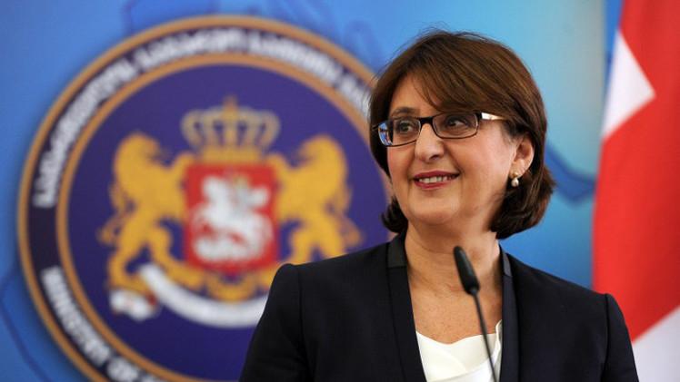 وزيرة الخارجية الجورجية تستقيل على خلفية أزمة سياسية حادة في البلاد