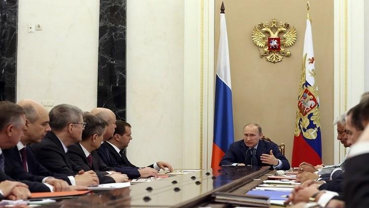بوتين: حجم مبيعات الأسلحة الروسية بلغ 10 مليارات دولار