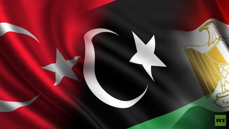 القاهرة تدعم القوى العلمانية وأنقرة القوى الإسلامية