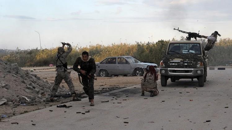 واشنطن تنظر في فرض عقوبات على الفصائل المتناحرة في ليبيا