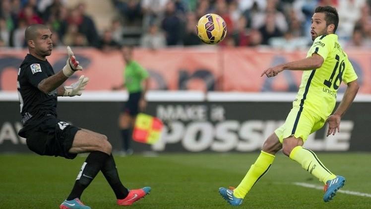 برشلونة ينجو من كمين ألميريا بصعوبة