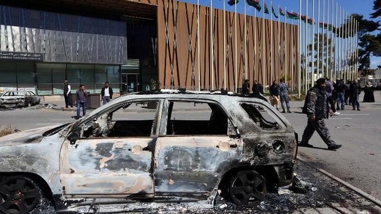 انفجار شرق ليبيا قبل اجتماع للثني مع مبعوث أممي