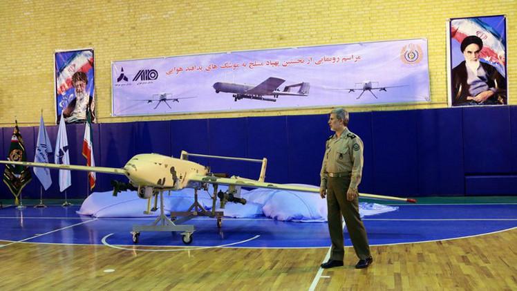 إيران تعلن نجاح اختبار النموذج النهائي لطائرة إيرانية من دون طيار
