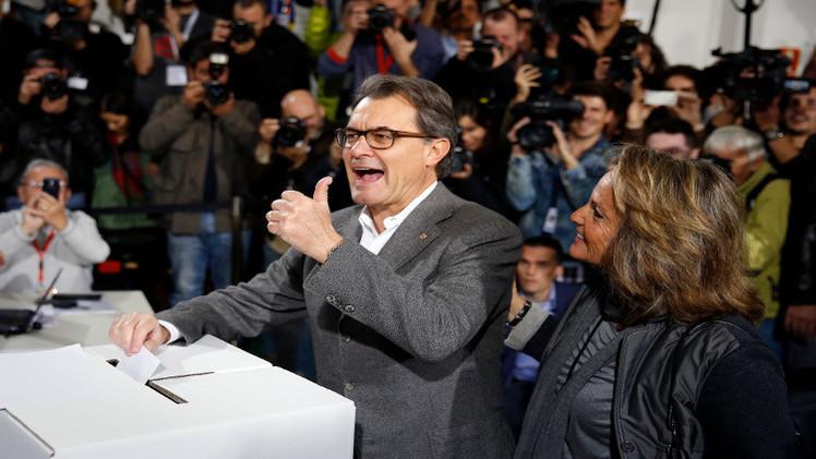 أغلبية الكاتالونيين تريد الانفصال عن إسبانيا
