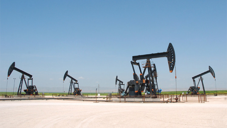 أسعار النفط تصعد في بداية الأسبوع