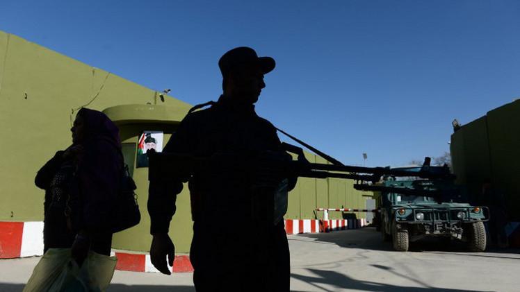 مقتل 5 من رجال الشرطة بهجوم مسلح في أفغانستان