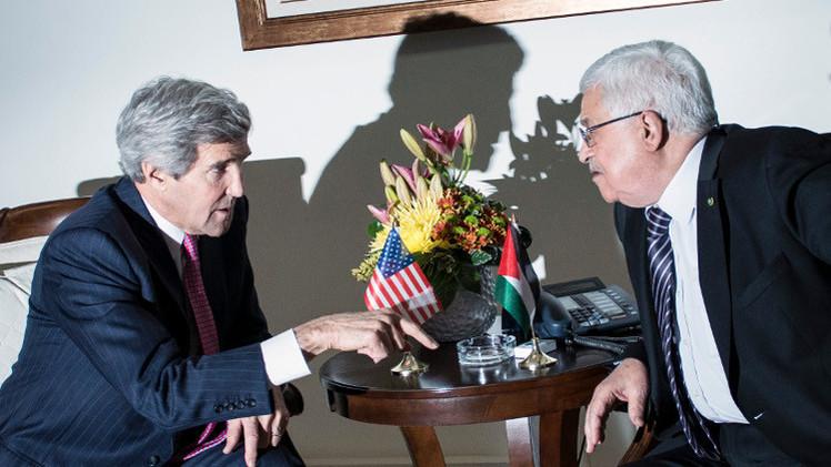 عباس يلتقي كيري الخميس في عمّان