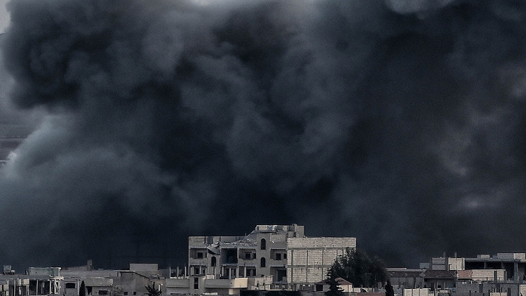 نشطاء: 865 قتيلا في غارات التحالف على سوريا