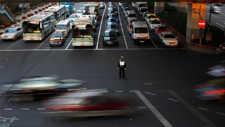 تقرير: الصين ستتجاوز أمريكا في استهلاك النفط خلال عقدين من الزمن