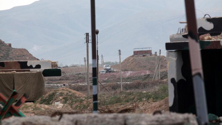 القوات الأذرية تسقط مروحية عسكرية بمنطقة قره باغ