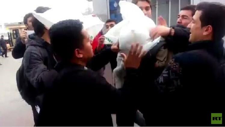 بالفيديو.. اعتداء على بحارة أمريكيين في إسطنبول.. وواشنطن تحتج