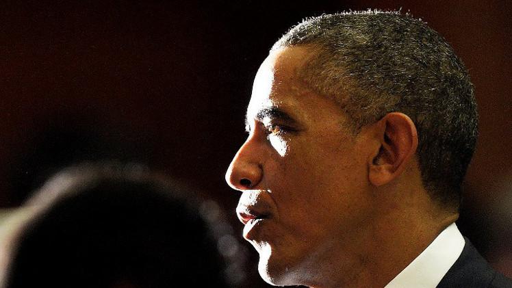 أوباما يمدد العقوبات الأمريكية ضد إيران