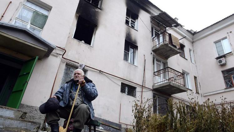 مقتل سيدتين مسنتين في قصف مدفعي شرقي أوكرانيا