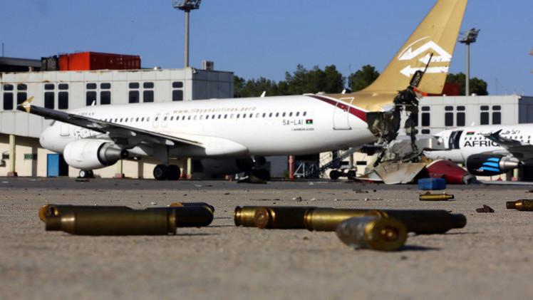 مقتل شخصين وإغلاق مطار معيتيقة إثر اشتباكات عنيفة في طرابلس