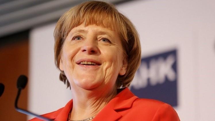 ميركل: من الضروري أن تبقى بريطانيا في الاتحاد الأوروبي