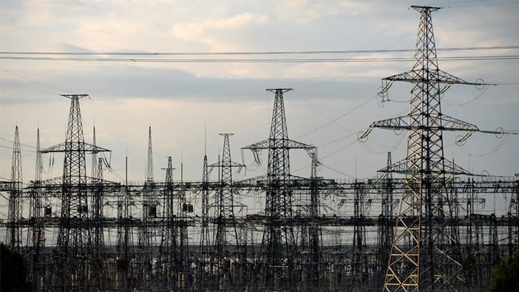 كييف تبدأ مفاوضات مع موسكو لشراء الكهرباء