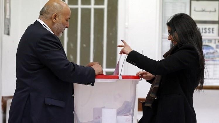 السباق إلى قصر قرطاج.. الانتخابات والمرشحون
